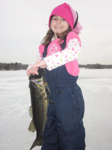 Ice_fishing_IMG_1731-1